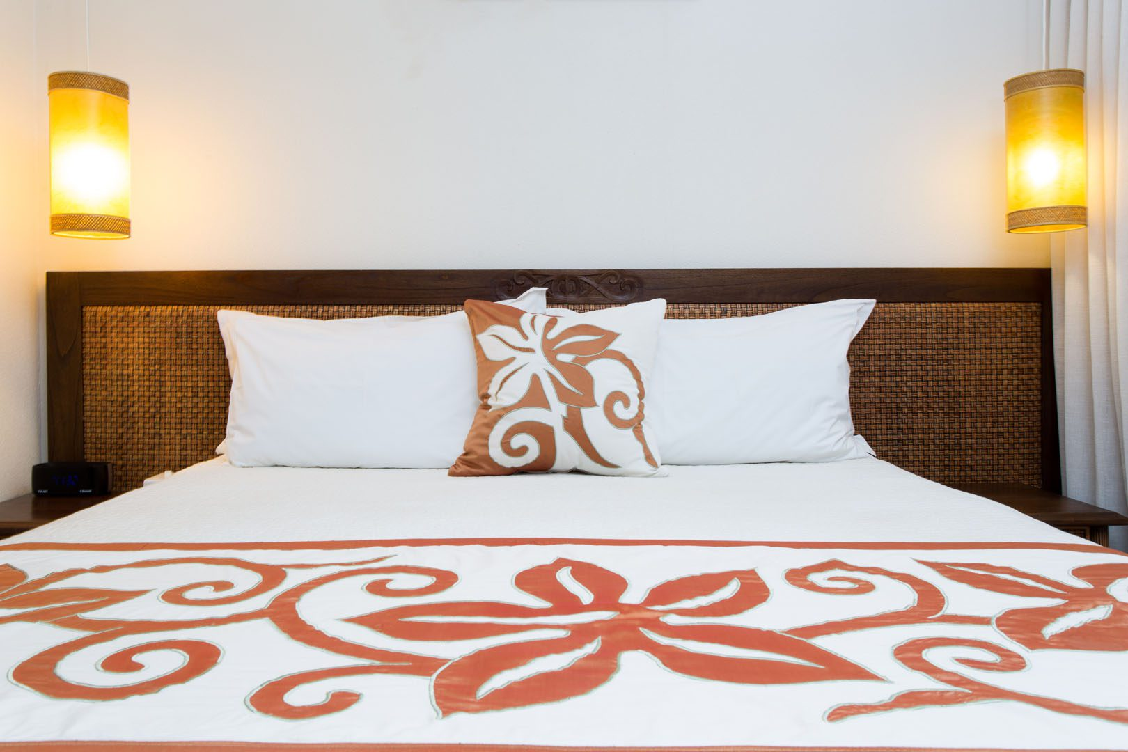 Image of Polynesian Flare between the king size bed to enhance lighting in the room